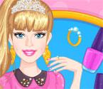 Barbie Uñas de Egresada